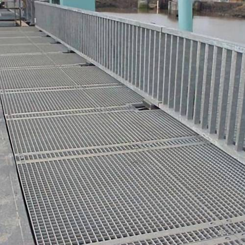 Steel grating used as drainage cover