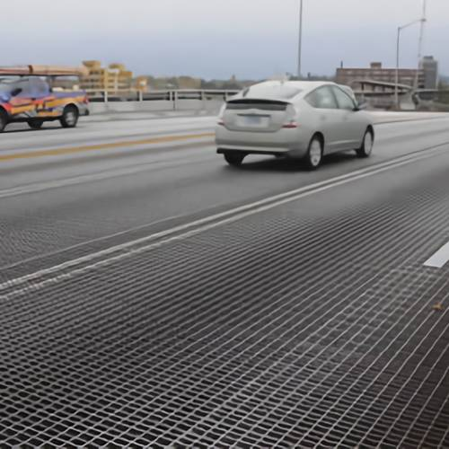 Welded steel grating can stand up with vehicle's rolling and static loads