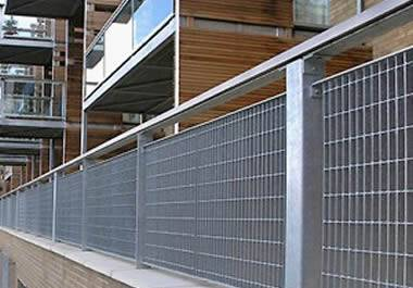 Welded Steel Grating with Plain or Serrated Surface for Many